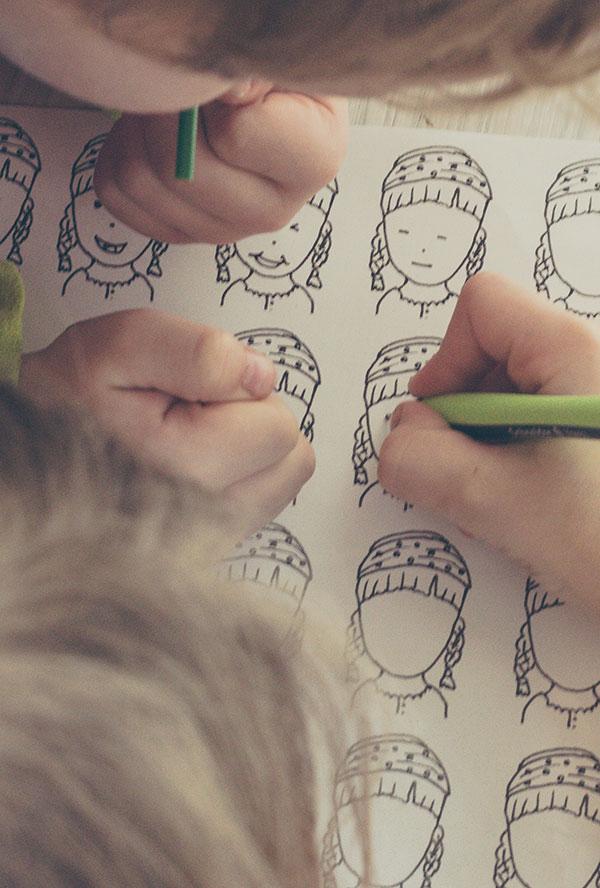 Kostenlose Vorlage zum Gesichter kritzeln - für Kinder und Erwachsene