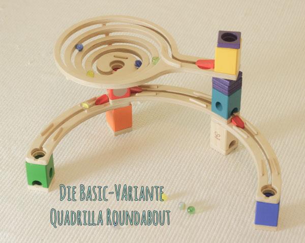 """Die Grundausstattung der Quadrilla Murmelbahn: """"Roundabout"""" mit Spirale"""